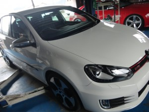 7,18 VW GOLF 6 GTI COX マフラー (1)
