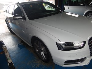 8,10 AUDI A4 B8 KW,ISWEEP DRL (1)