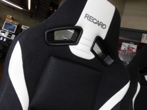 10,25 THE BEETLE RECARO SR-7 LASSIC (3)