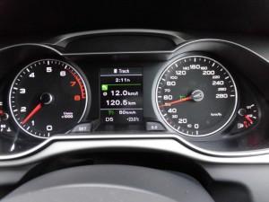 11,2 AUDI A4 CCS (4)