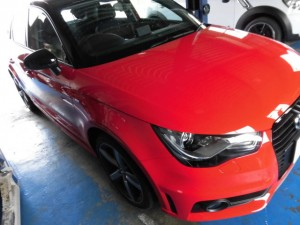 11,15 AUDI A1 ISWEEP バックカメラ (1)