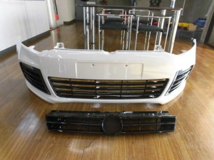 1,10 VW POLO GOLF6Rスタイル フロントバンパー (3)