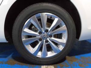 2,14 VW GOLF7 VARIANT (6)
