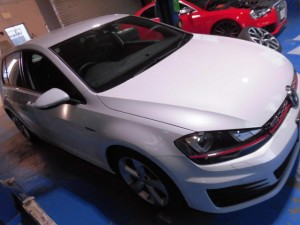 4,2 VW GOLF7 GTI GRORA (1)
