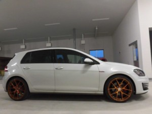 4,2 VW GOLF7 GTI GRORA (6)