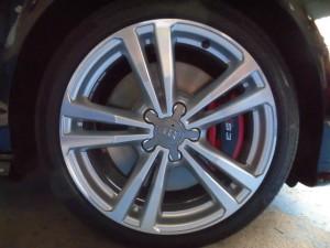 4,2 AUDI S3 8V ブレーキパッド (5)