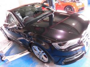4,2 AUDI S3 8V ブレーキパッド (1)