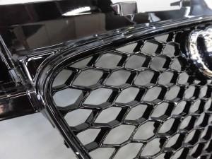 6,25 AUDI TT 8J RSスタイルグリル (8)