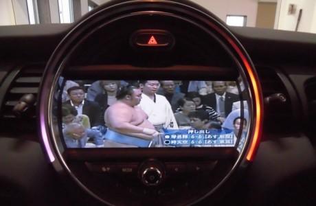 New MINI ミニ F56 地デジ&バックカメラ装着!!
