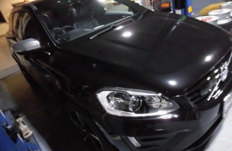 VOLVO ボルボ XC60 BREX ULTRA Blighter 107 6000K HIDバルブ&PWY24W LEDウィンカーバルブ装着!!
