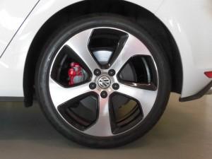 8,12 VW GOLF7 GTI Brembo (9)