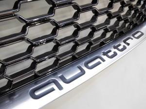2017 2,27 AUDI TT 8S RSグリル シルバー (3)