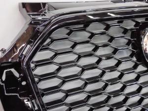2017 AUDI A1 S1 RSフロントグリル ブラック (2)