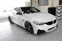 BMW M4 ボディコーティング施工!!