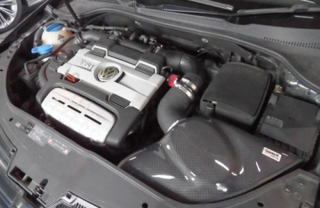 VW GOLF5 GT TSI  グループM ラムエアーシステム取り付け!!