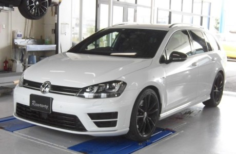 VW GOLF-R MK7 ゴルフ7-R VARIANT リチウムイオンバッテリー MEGA・LiFe Battery(メガライフバッテリー)取り付け!!