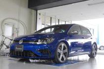 VW フォルクスワーゲン GOLF-R MK7.5 ゴルフ7.5-R INGO NOAK TUNING フロントリップスポイラー取り付け!!