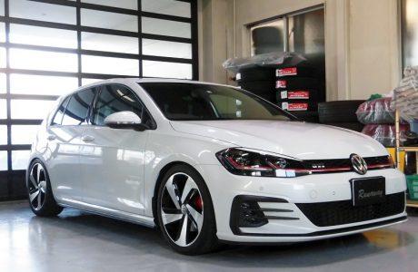 VW GOLFゴルフ 7.5 GTI ボディコーティング施工!!