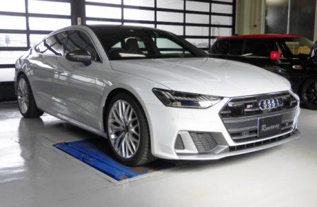 AUDI アウディ New S7 C8(4K) スポーツバック TVキャンセラー取り付け!!